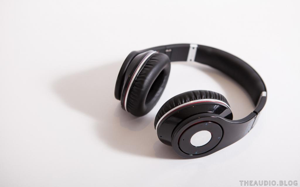 How Do Noise-Canceling Headphones Work